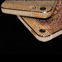 Британские ювелиры представили инкрустированный драгоценными камнями iPhone 5 за $106 тыс