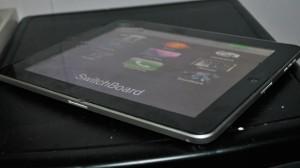 iPad с двумя разъемами