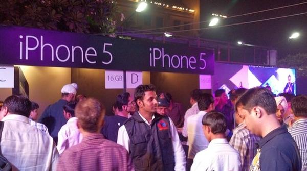 Apple расширяет свое присутствие в Индии