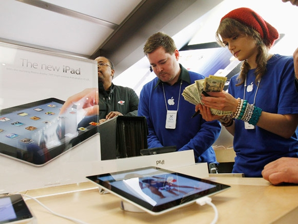 Apple отштрафовали на €10 000 за нарушении французского трудового законодательства