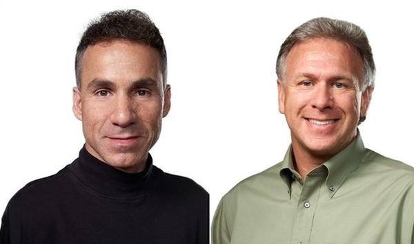 Фил Шиллер и Дэн Риччио продали свои акции