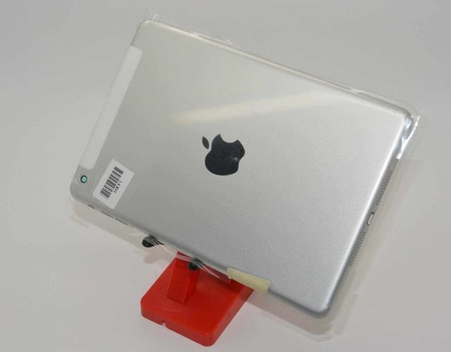 Фото серебристого iPad mini 2