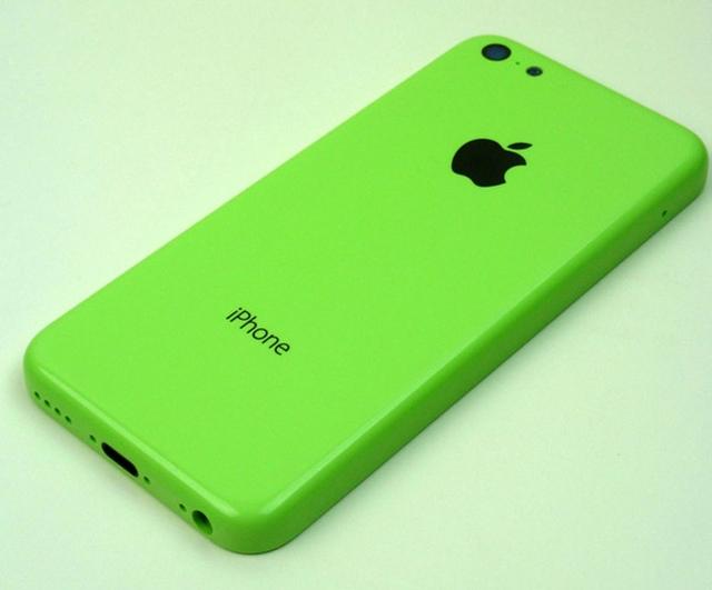 Фото корпуса бюджетного iPhone в салатовом цвете