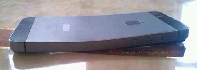 Корпус iPhone 5s легко гнется, как и iPhone 5