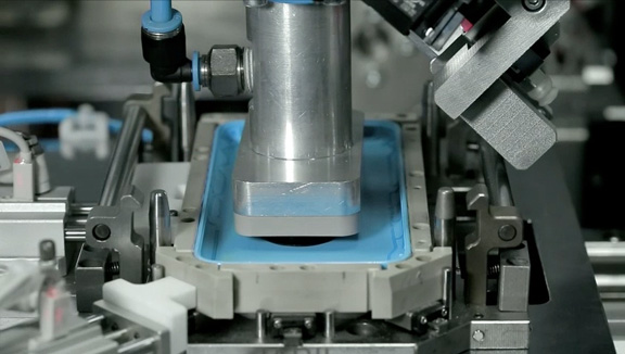 iPhone-5c-Manufacturing-1