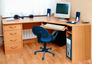 Угловой компьютерный стол - отличный выбор