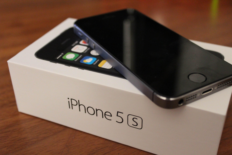 IPhone 5s оказался наиболее популярным телефоном Apple вРФ