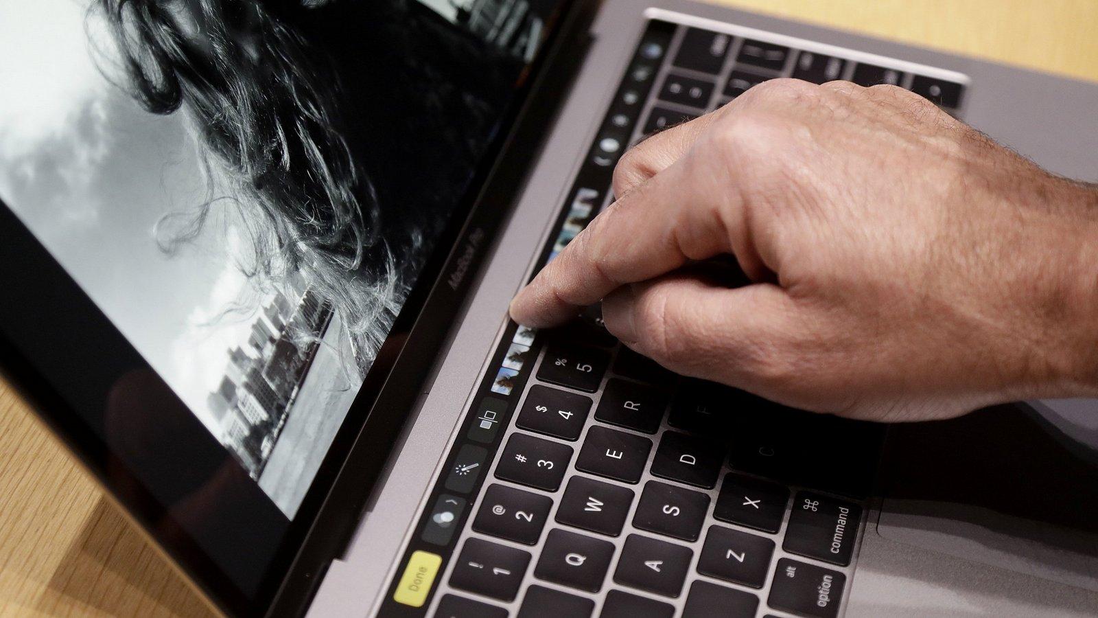Новые MacBook Pro реализуются в7 раз лучше прошлых моделей