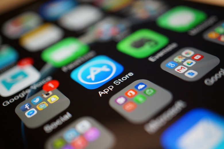 App Store замесяц заработал рекордные 3 млрд долларов