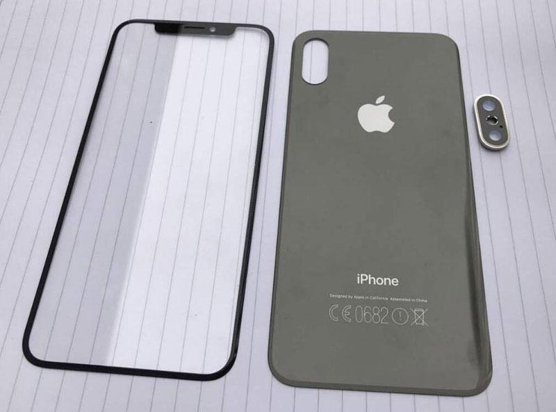 Вweb-сети интернет появились изображения обеих панелей iPhone 8