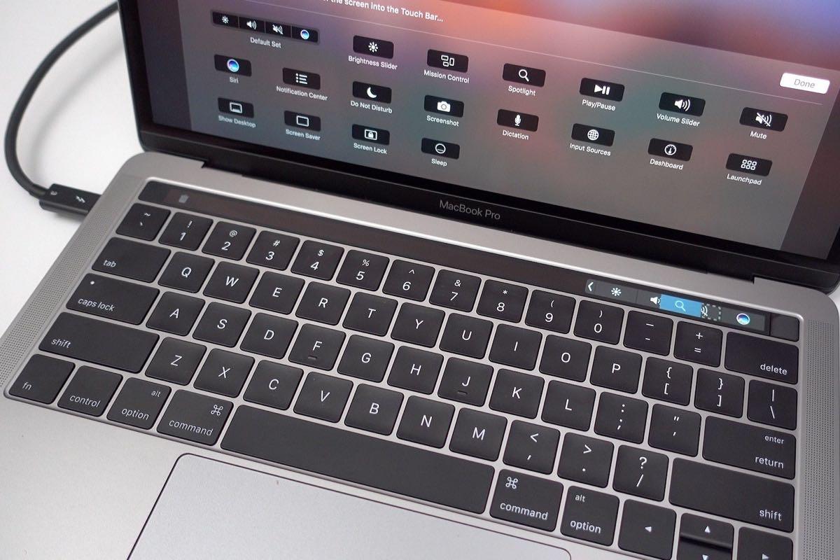 Владельцы MacBook массово судятся сApple, ивот почему