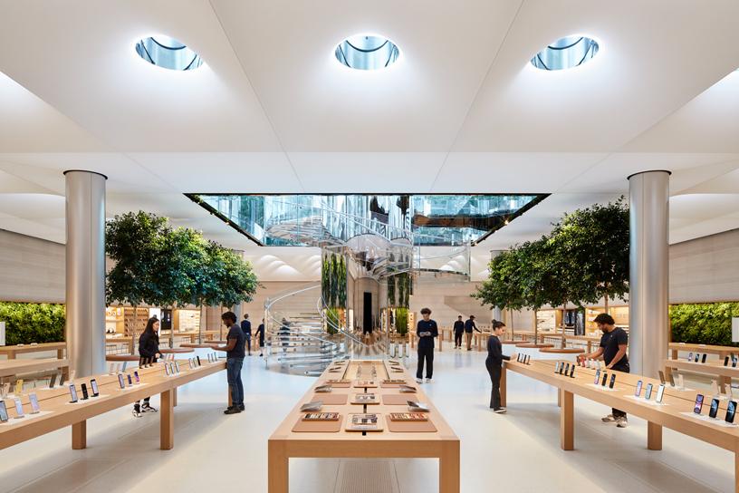 Apple_Fifth-Avenue