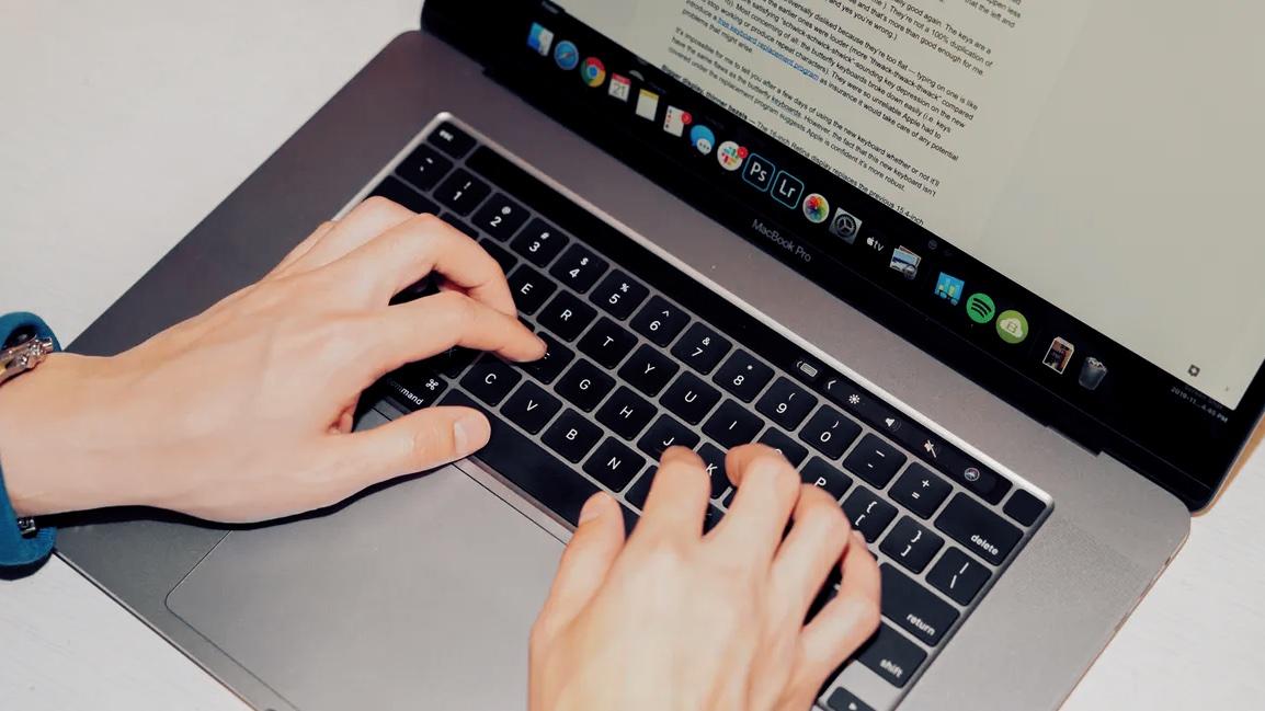 macbook-pro-16-keyboard4