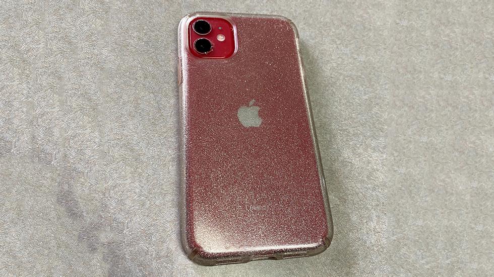 iPhone-11-prolezhal-v-ozere-dva-mesyaca-i-ne-slomalsya