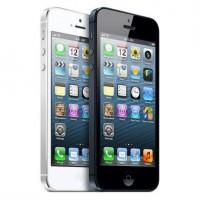 Walmart предлагает приобрести iPhone 5 всего за $129