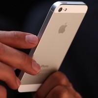 На iPhone 5 приходится больше половины продаж всех смартфонов Apple