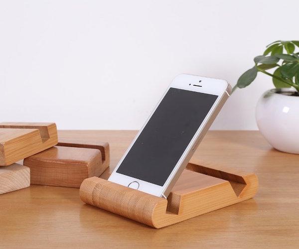 Bamboo-Phone-Holder-Card-Holder-01 (1)