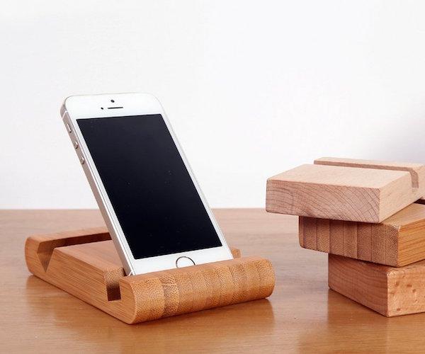Bamboo-Phone-Holder-Card-Holder-02