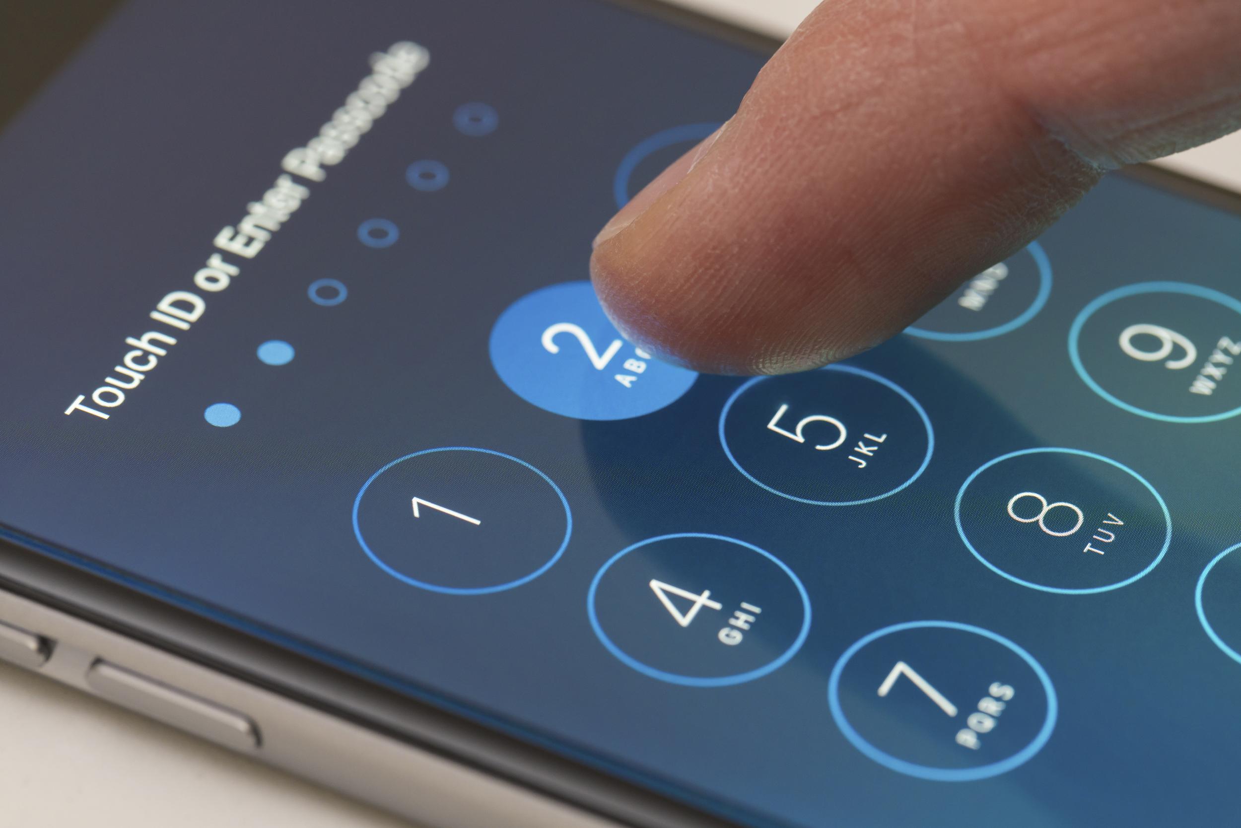 Enter passcode screen of an iPhone running iOS 9