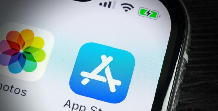 Apple-App-Store-iPhone-X-1000x667