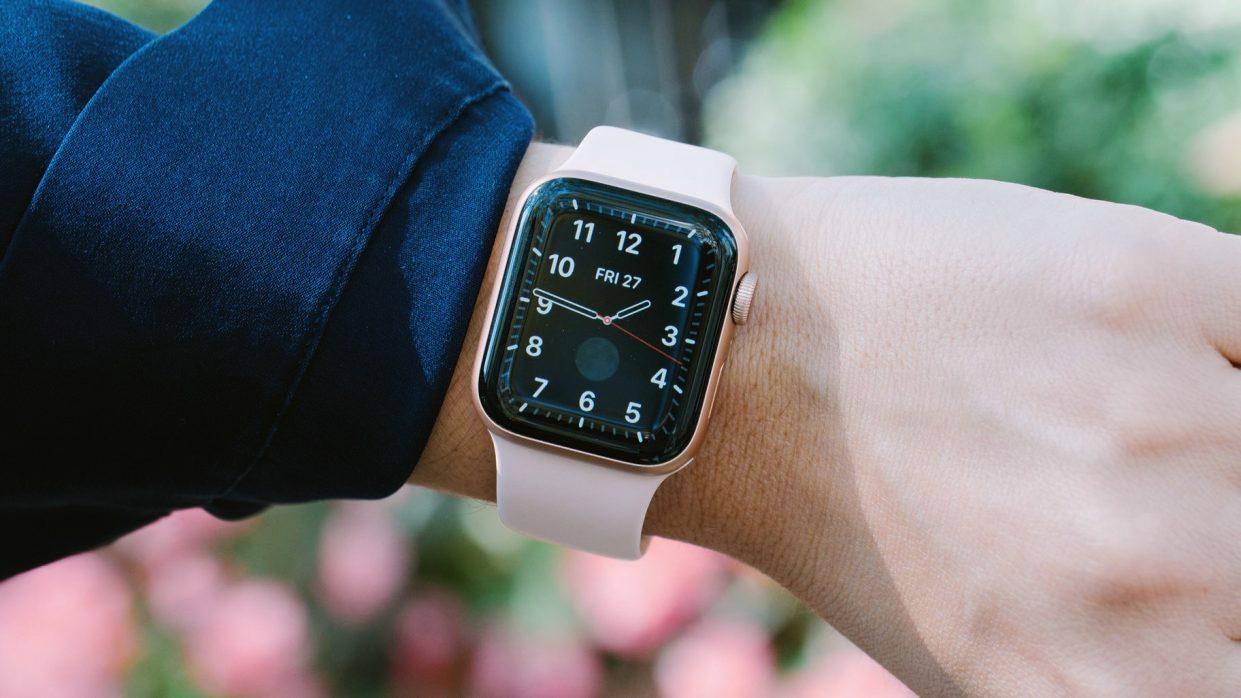 apple-watch-s5-battary58679-1241x698