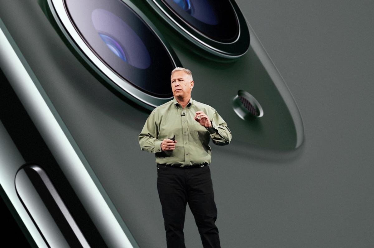 Phil-Schiller-advances-to-apple-fellow_080420201